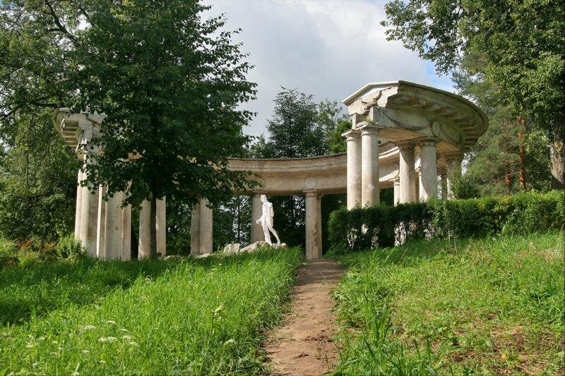 Павловский парк, Колоннада Аполлона