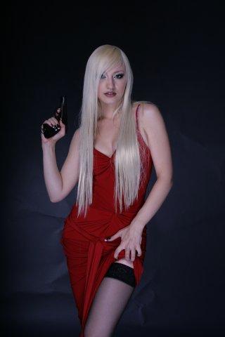 Блондинка ксю порно онлайн