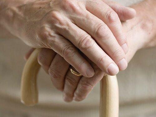 Треть пожилых людей в Молдове подвергаются насилию