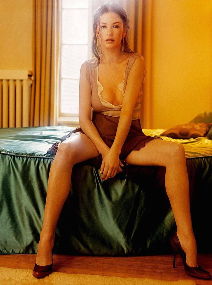 Британская актриса Кэтрин Зета-Джонс. Обладательница премии «Оскар» и BAFTA за лучшую женскую роль в
