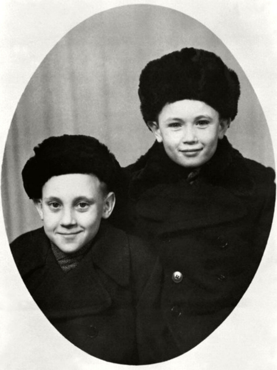 1948. Володя Высоцкий с Игорем Зерновым в г.Эберсвальде, Германия