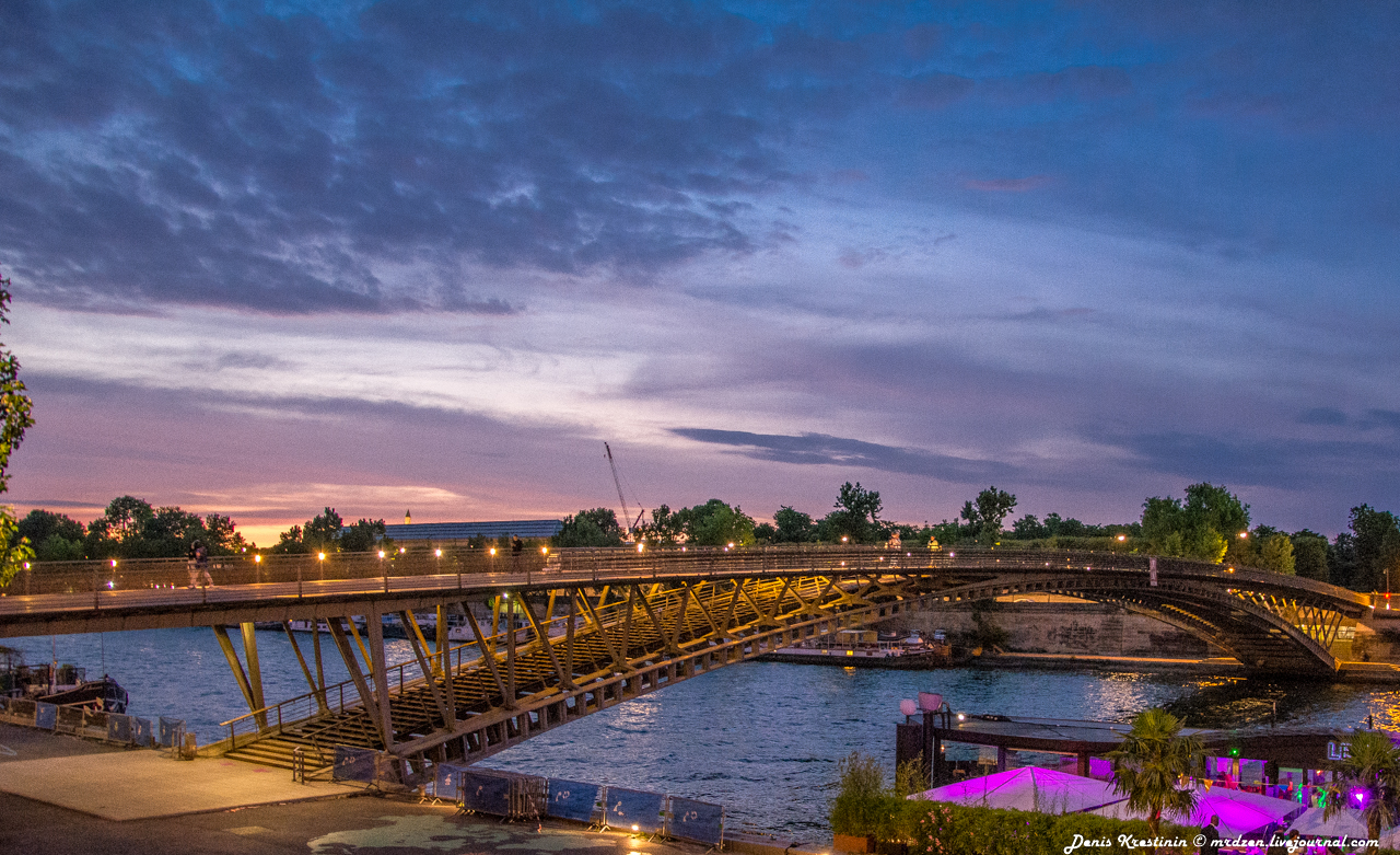 Один из мостиков через Сенну