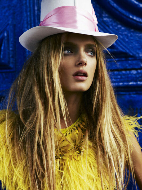 Daria Werbowy, Lily Donadson  Vogue UK March 2008