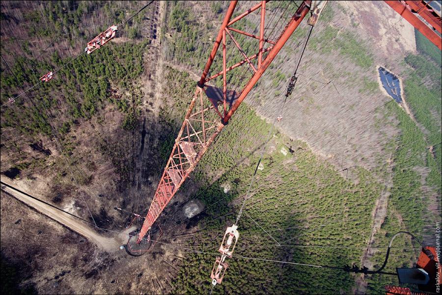 13. Если упасть с такой высоты, то у вас будет примерно 6 секунд свободного полета.