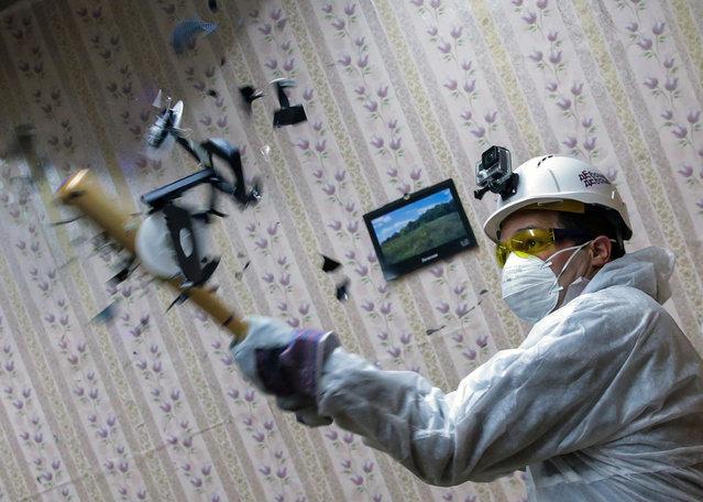 Rage against the machine. (Photo by Artyom Geodakyan/TASS/Barcroft Media)