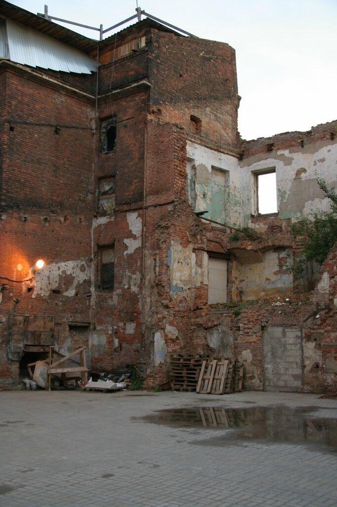 Руины зданий, Санкт-Петербург