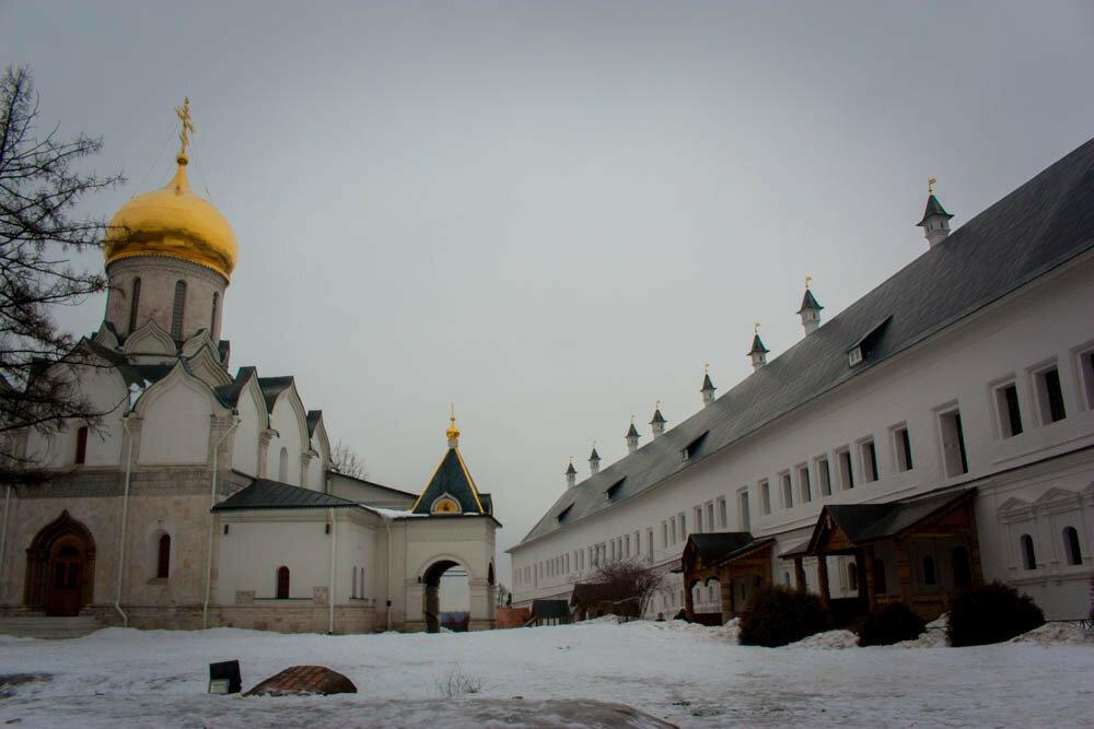 Саввино-Сторожевский монастырь зимой