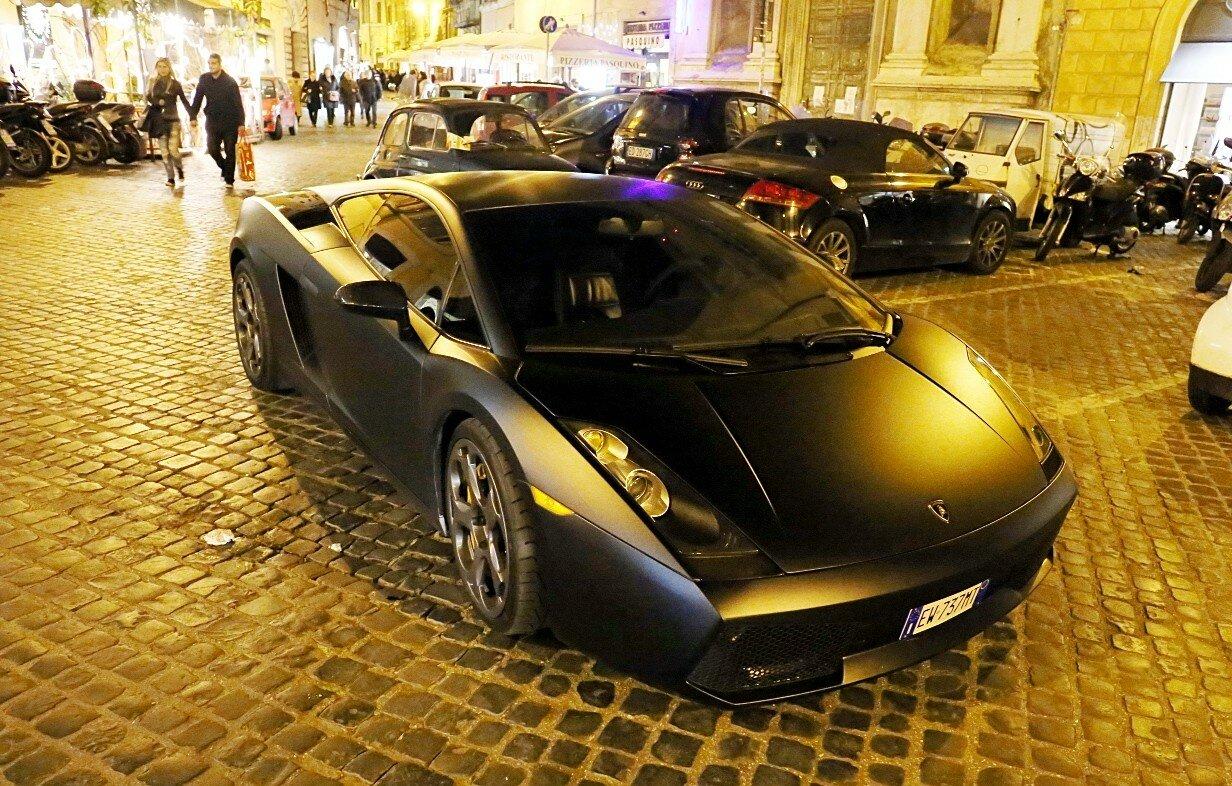 Рим. 2005 Lamborghini Gallardo