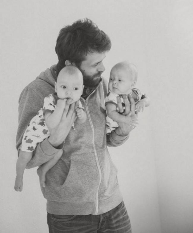 20нежных фотографий отцов сихкрохами