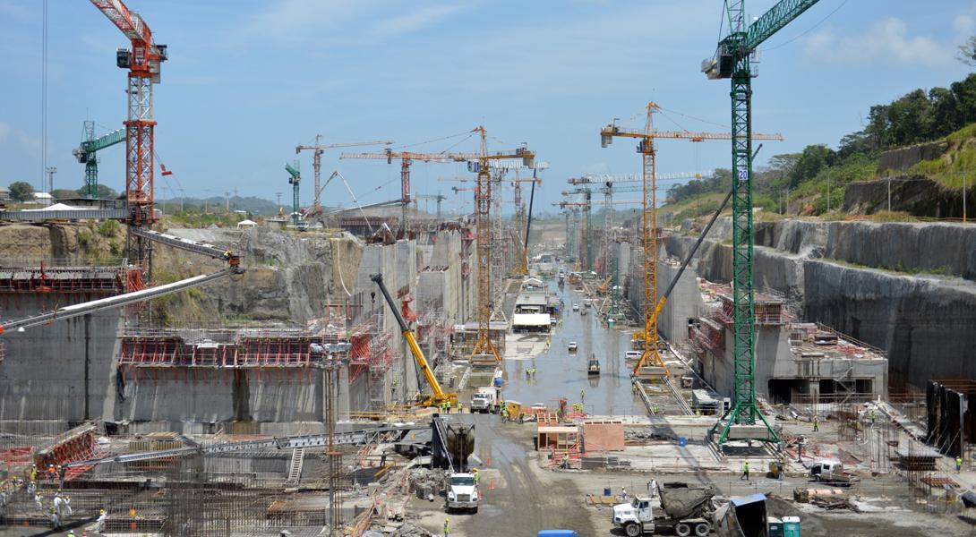 Панамский канал был открыт для судоходства в 1914 году и с тех пор стал поистине золотой жилой для е