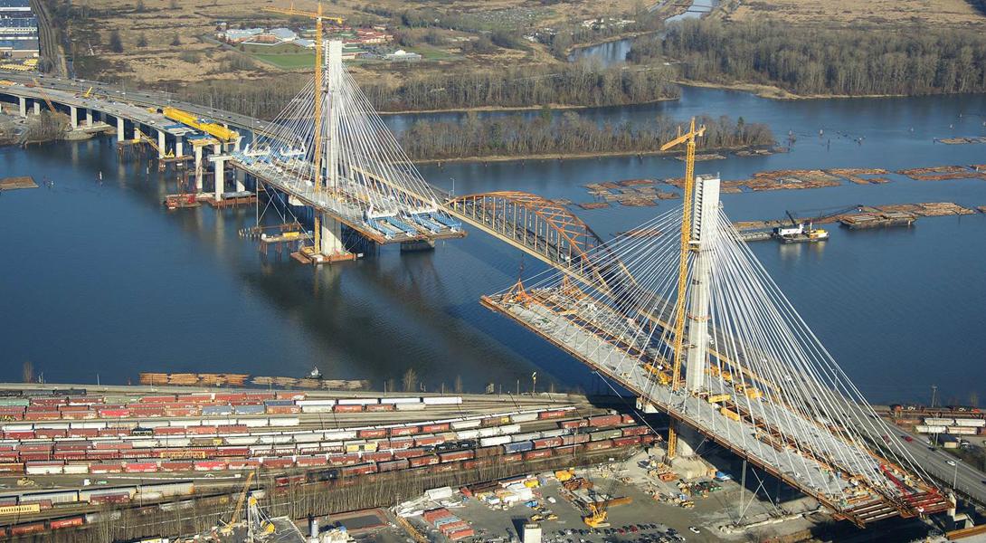 Мост через бухту Бэй Бридж стал первым в мире сразу по нескольким показателям — самый широкий мост