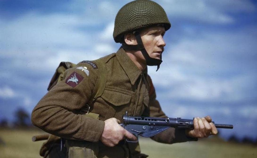Страна: Великобритания Был введен в эксплуатацию: 1940 Тип: пистолет-пулемет Дальность поражения