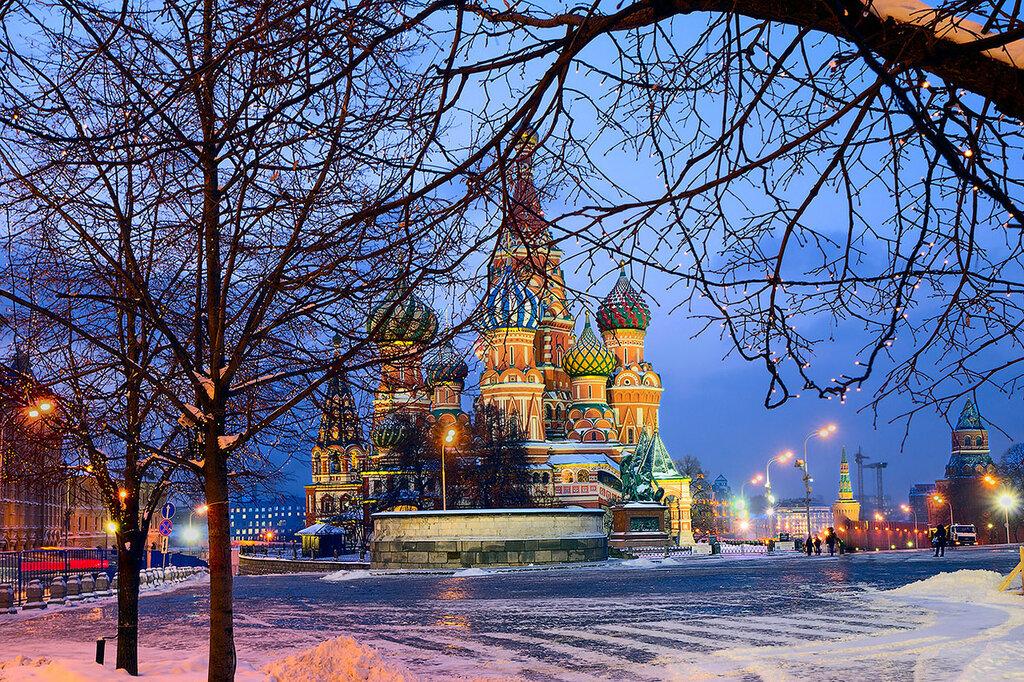 Храм Василия Блаженного (собор Покрова на Рву) на Красной площади в Москве