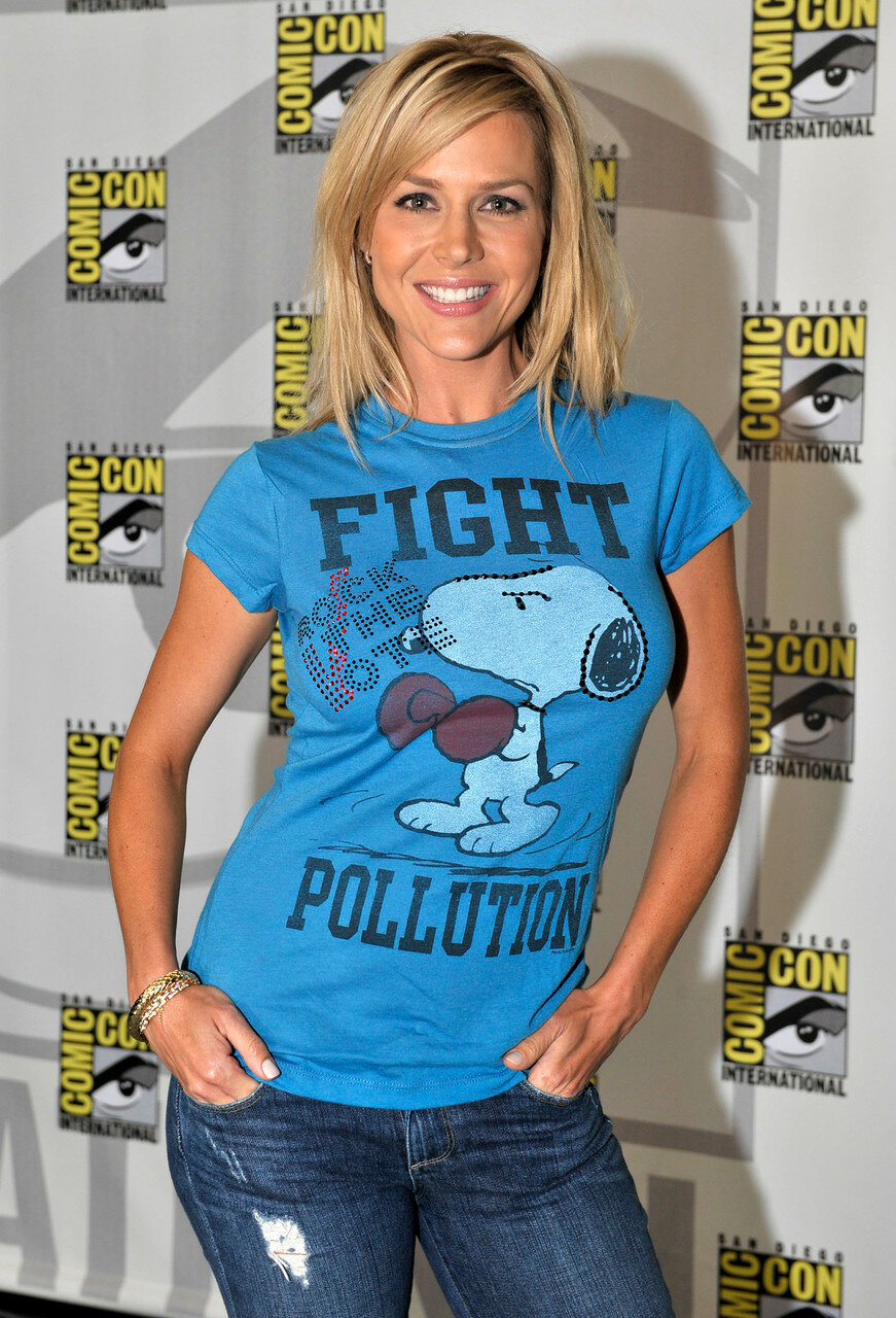 Comic Con Julie Benz