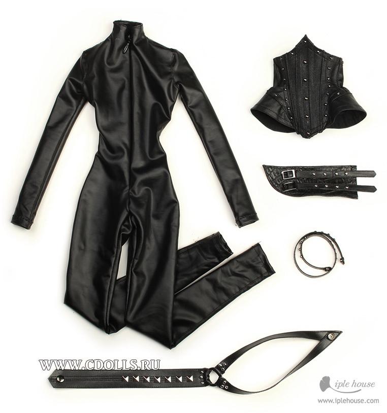 скачать обтягивающий кожаный костюм грудь