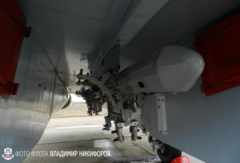 SU-30MKI (Flanker H by NATO). 0_d1c36_1d1bd70d_orig
