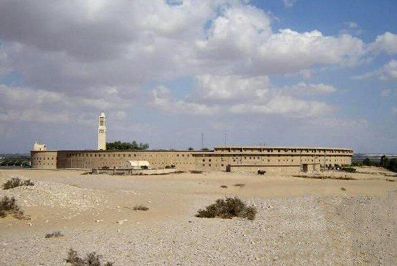 Абдель_Масих_macarius-monastery2.jpg