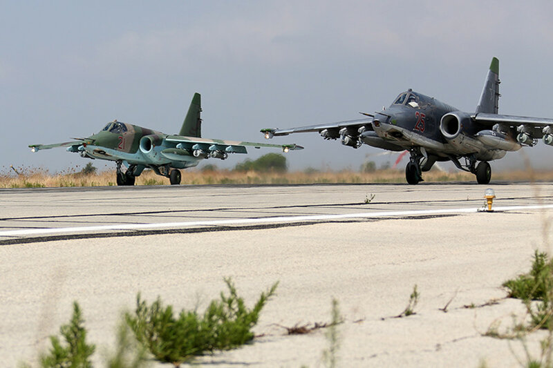 Russian_Sukhoi_Su-25_at_Latakia_(2).jpg