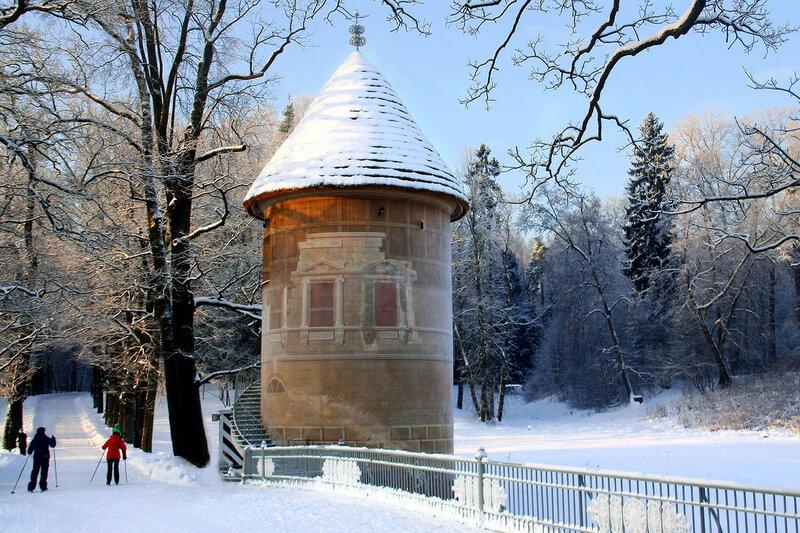 Пиль-башня в Павловском парке