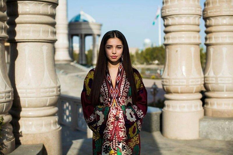 Михаэла Норок, «Атлас красоты»: 155 фотографий красивых женщин из 37 стран мира 0 1c6264 d510e3df XL