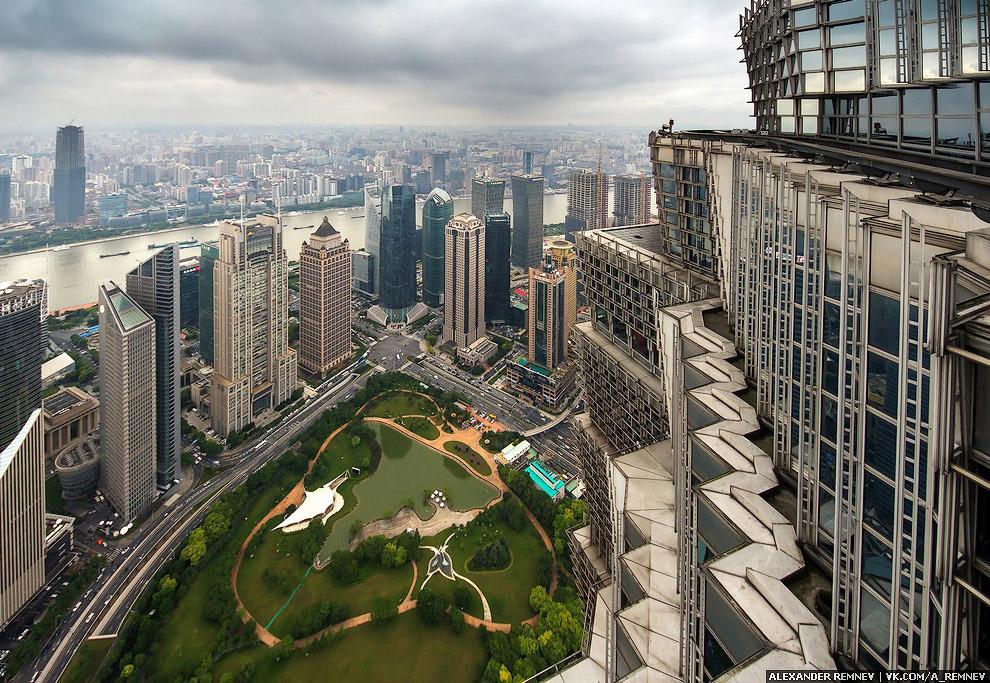 Если вы будете в Китае, то помните, что большинство соц.сетей, таких как facebook, youtube, instagra