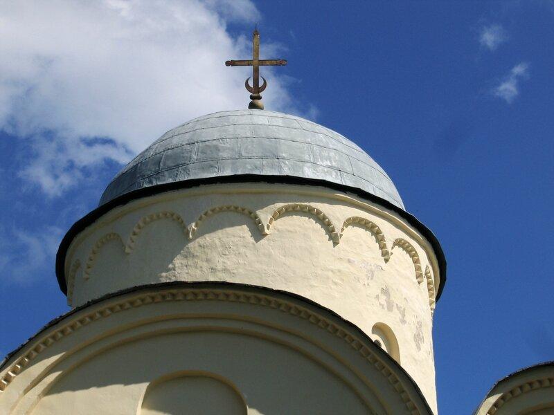 Барабан и купол Успенского собора, Староладожский Успенский монастырь