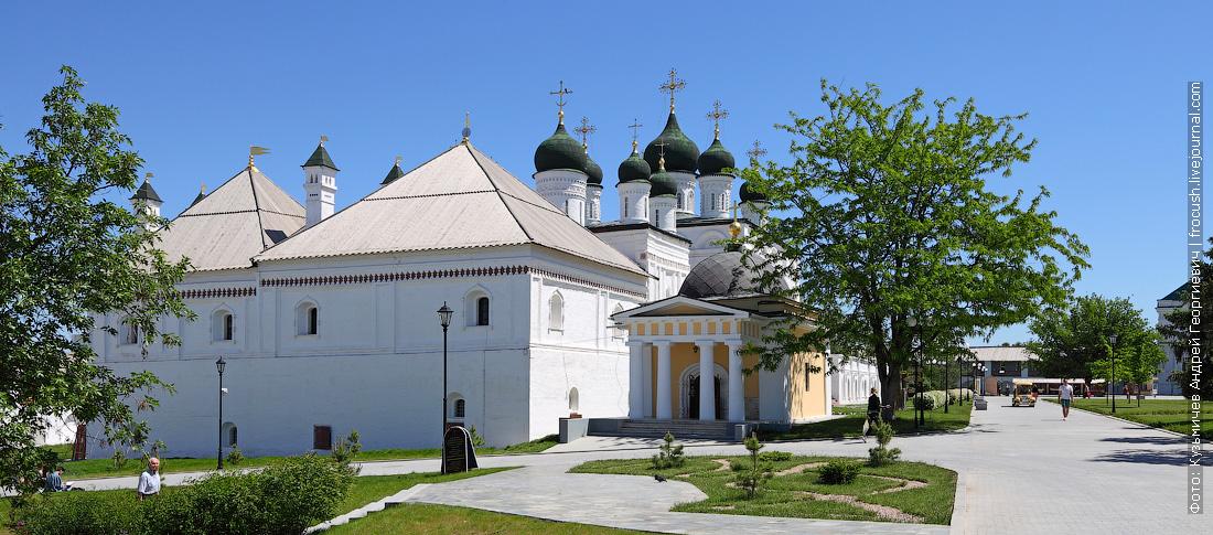 Собор бывшего монастыря Троицы Живоначальной