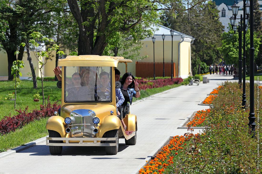 ретро-авто Астраханский кремль