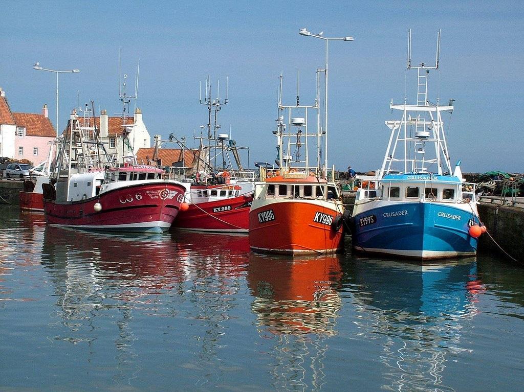 Рыбацкий посёлок. Лодки рыбаков. Питтенуим. Шотландия(14) Michael Laing