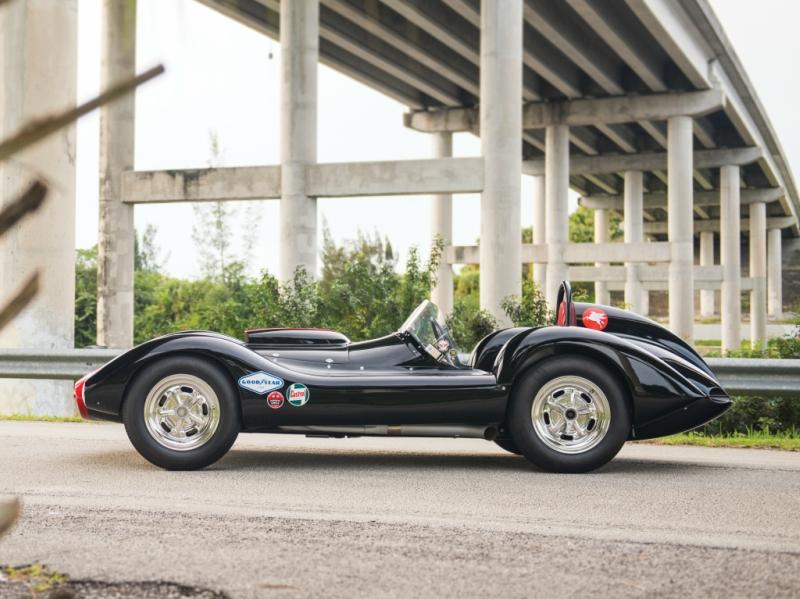kurtis_aguila_racing_car_1.jpg
