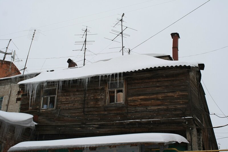 Крест, старый город с Ниной 198.JPG