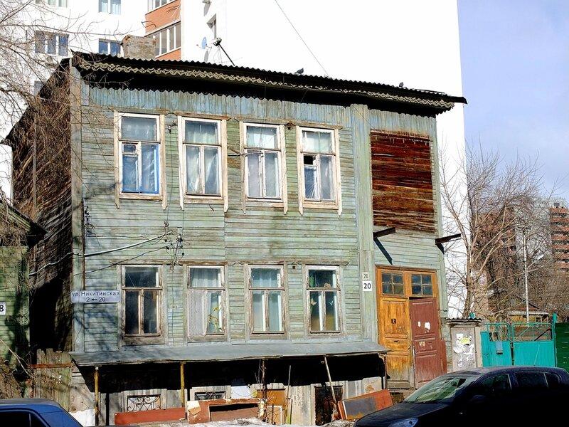 Льва Толстого и Никитинская 193.JPG