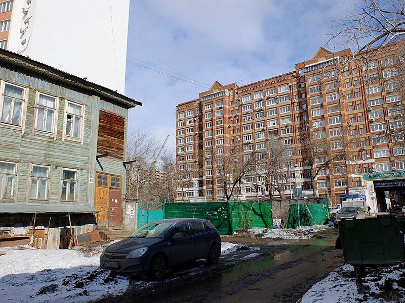 Льва Толстого и Никитинская 198.JPG
