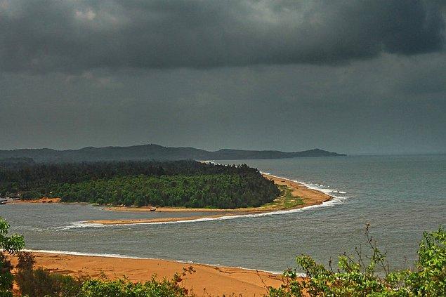 Река Аганашини впадает в Аравийское море, Западное побережье, Карнатака