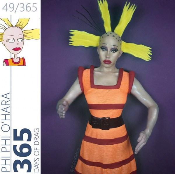 Драг-королева переодевается в персонажей мультфильмов