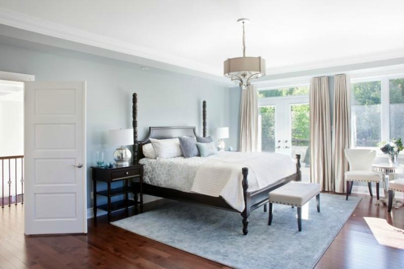 Дизайн интерьера спальни в светлых оттенках фото 2