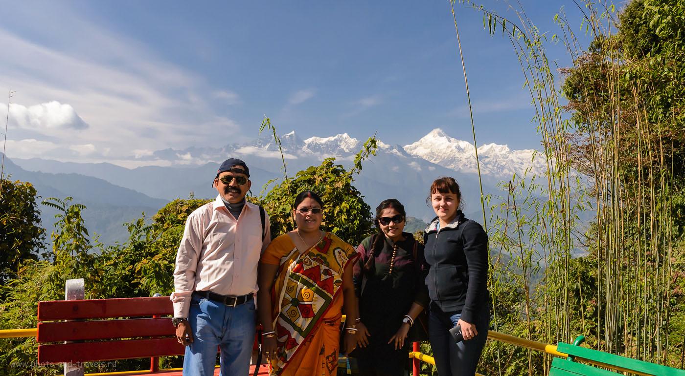 Фото16. Фотосессия с местными жителями на площадке у храма Хануман Ток в Гангтоке. 8.0, 1/1250, 2000, -0.37EV, 36.
