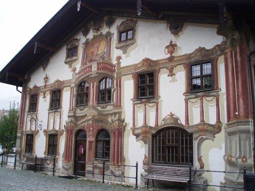 Бавария.  В деревне Обераммергау