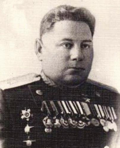 Комдив Черепанов.jpg