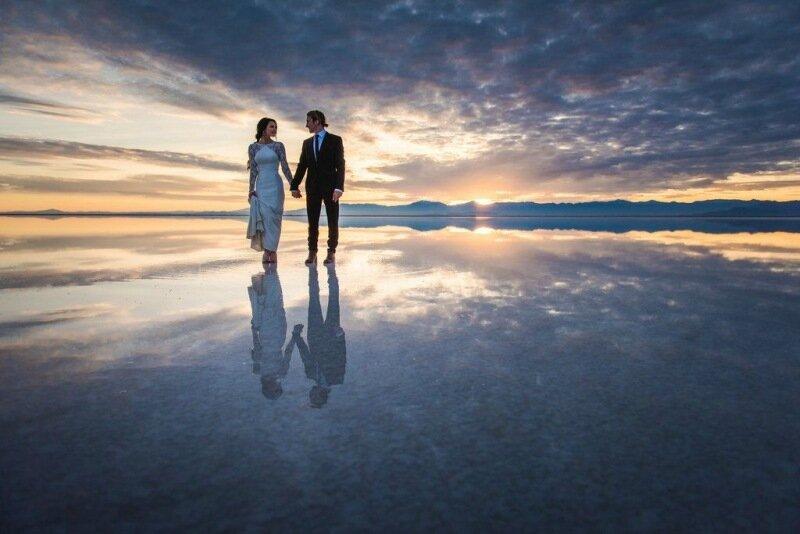 Молодожёны, гуляющие по воде. Красивая свадебная фотосессия 0 1cd5cf 3b00e3b0 XL
