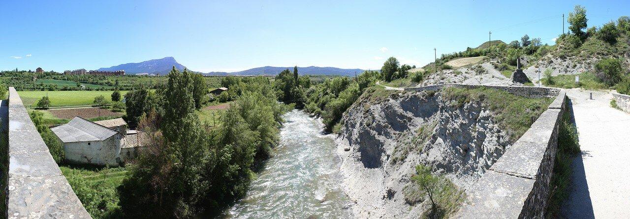 Хака. Мост Святого Михаила (Puente San Miguel)