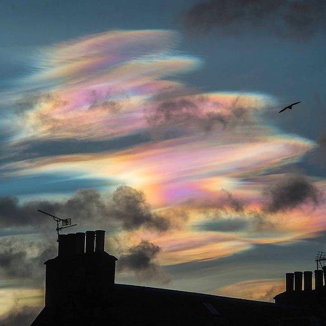 Радужные облака в небе Великобритании (11 фото)