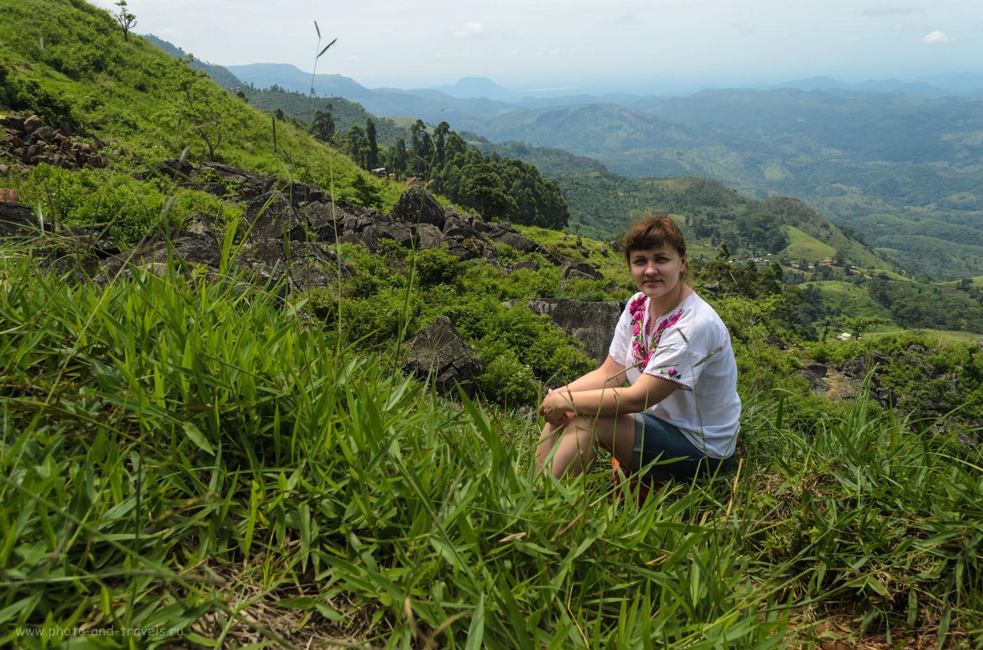 Фотография 4. Горы по пути к деревне Наллатанния (Nallatanniya), где начинается тропа к Пику Адама. Тур по Шри-Ланке самостоятельно.