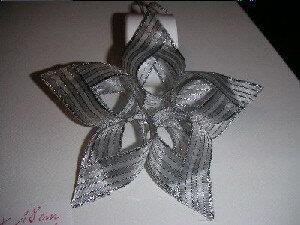 Снежинка Звезда из тесьмы с люрексом