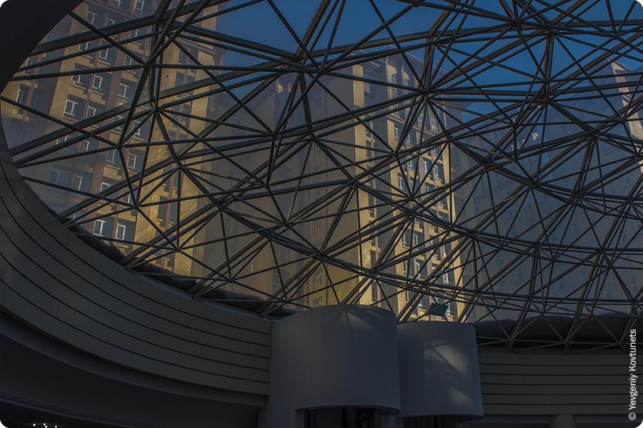стеклянный купол FATA PLAZA, Маньчжурия