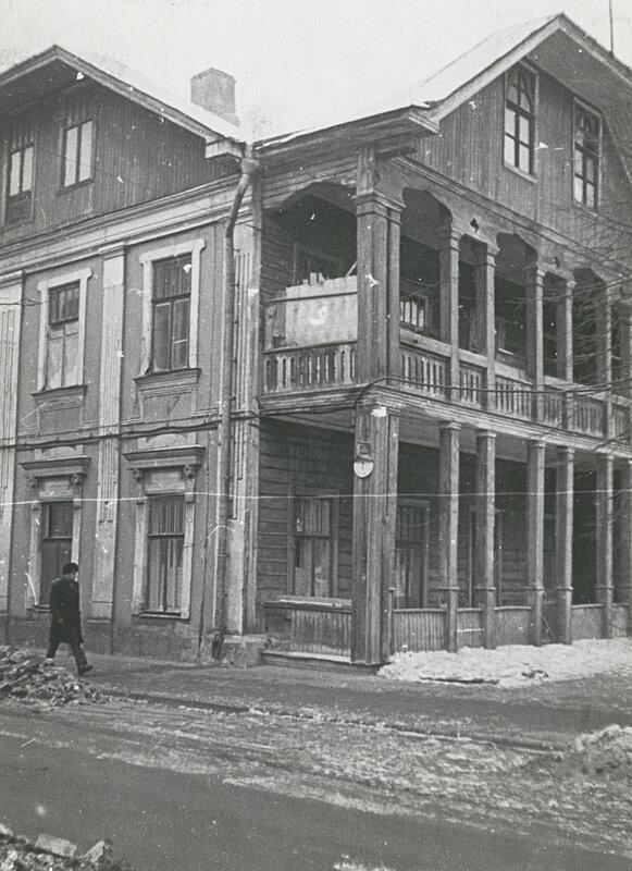 70198 Зубовский проезд, №3. Дом с галереями 1968—1975.jpg