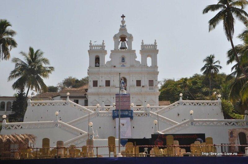 Церковь Богоматери непорочного зачатия в Пананджи