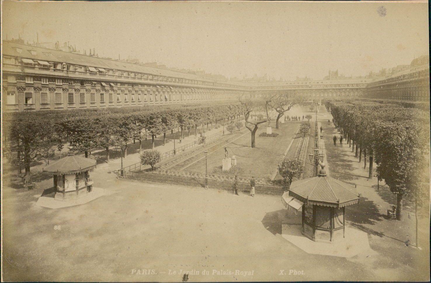 1889. Королевский дворец. Сад