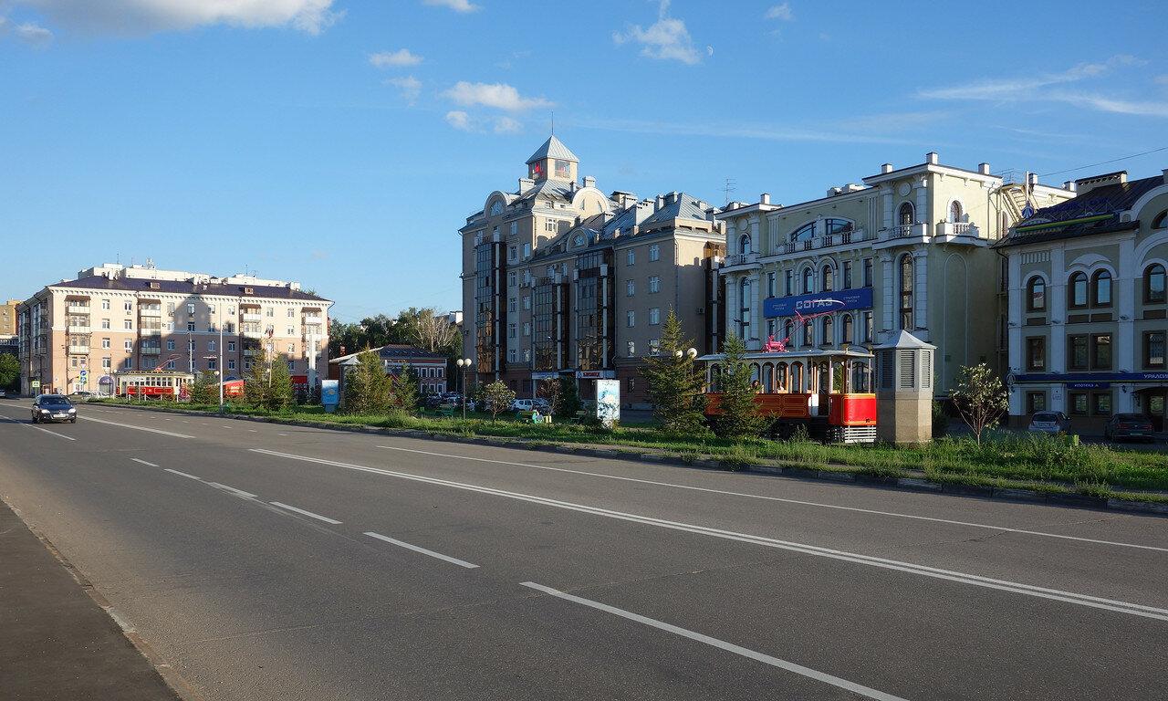 'трамваи' у метро Суконная Слобода
