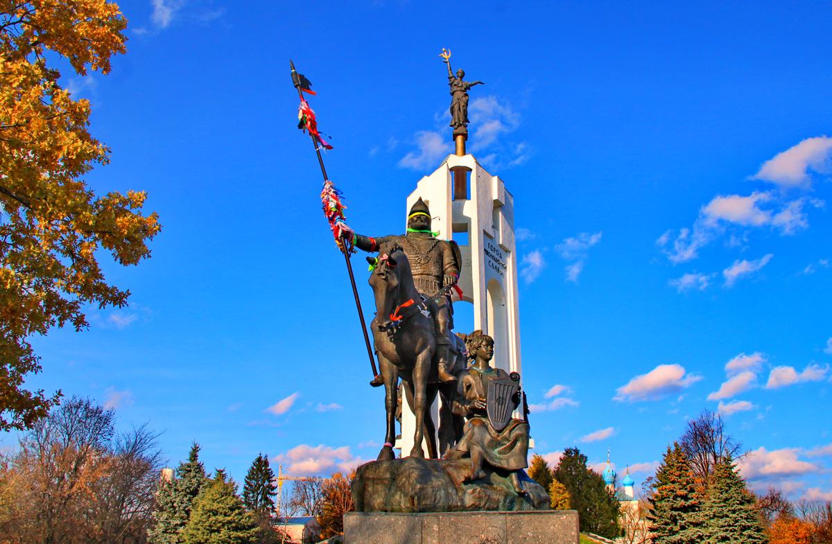 Брянск - город воинской славы с тысячелетней историей